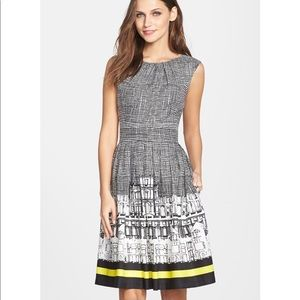 Ellen Tracy City Scape Dress Size 6